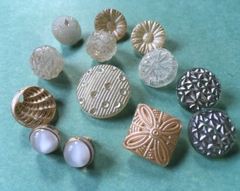 Selection of beautiful vintage painted glass buttons