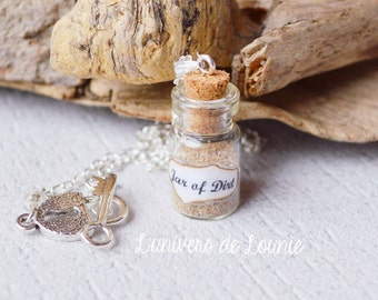 Jar of Dirt vial necklace / Jack Sparrow / Pirates of the Caribbean