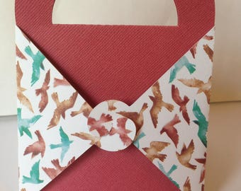 Gift box, pink with birds