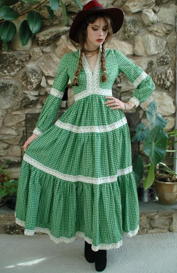 60's green prairie dress