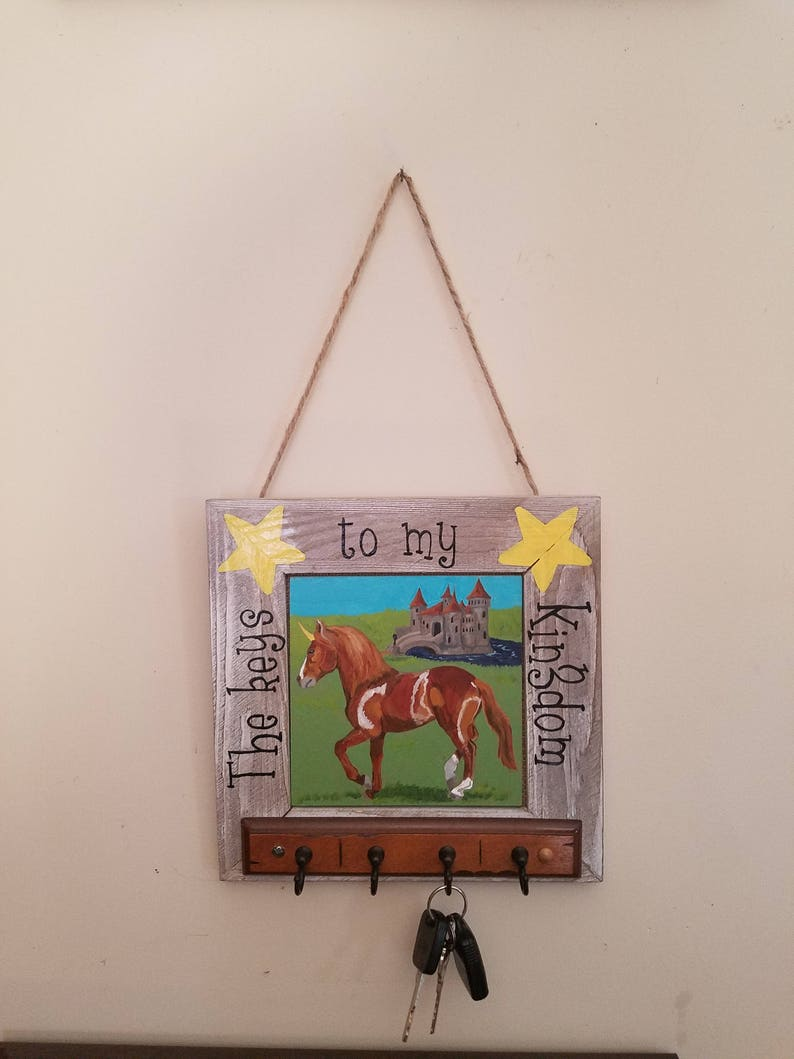 10df95c711075 Porte-clés mural licorne, porte-clé fantaisie, porte clé, décor de mur de  licorne, décoration murale fantaisie, porte-clé peint, cadeau ...