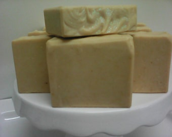 Coconut milk, goat's milk & ground oatmeal soap