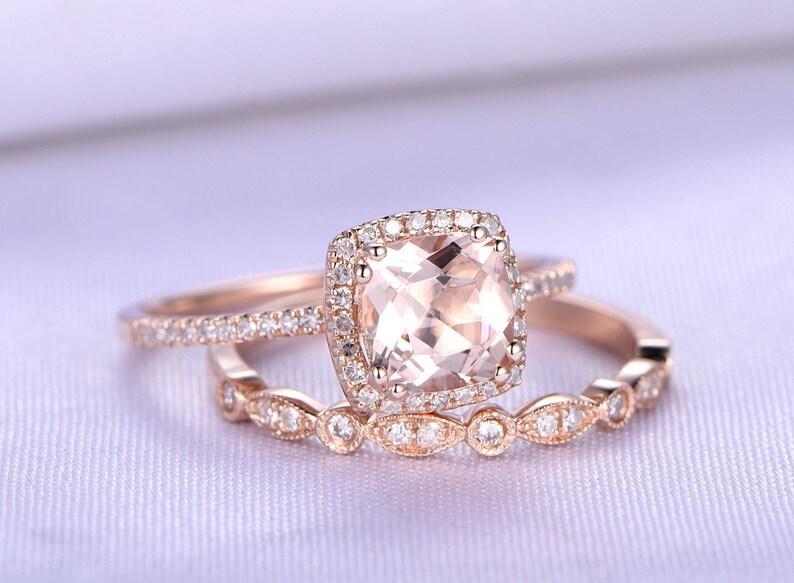 Weiss Gold Vintage Stil Original Kissen-Schliff Granat und Diamant Ring