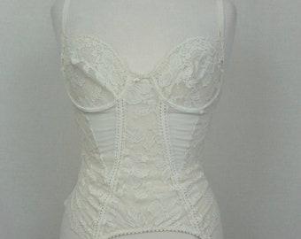 03c6f35332b Vintage 1970 s White Lace Sweetheart Lingerie Bodice Bra Top