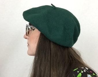 96044d8a2e76a Vintage 1960 s Mod Emerald Green Wool Beret