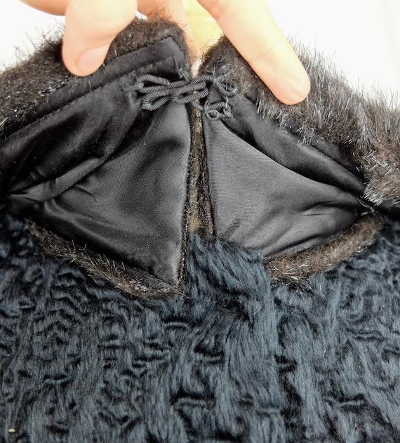 Vintage 1940's Mod Style Black Sheepskin and Fur … - image 6