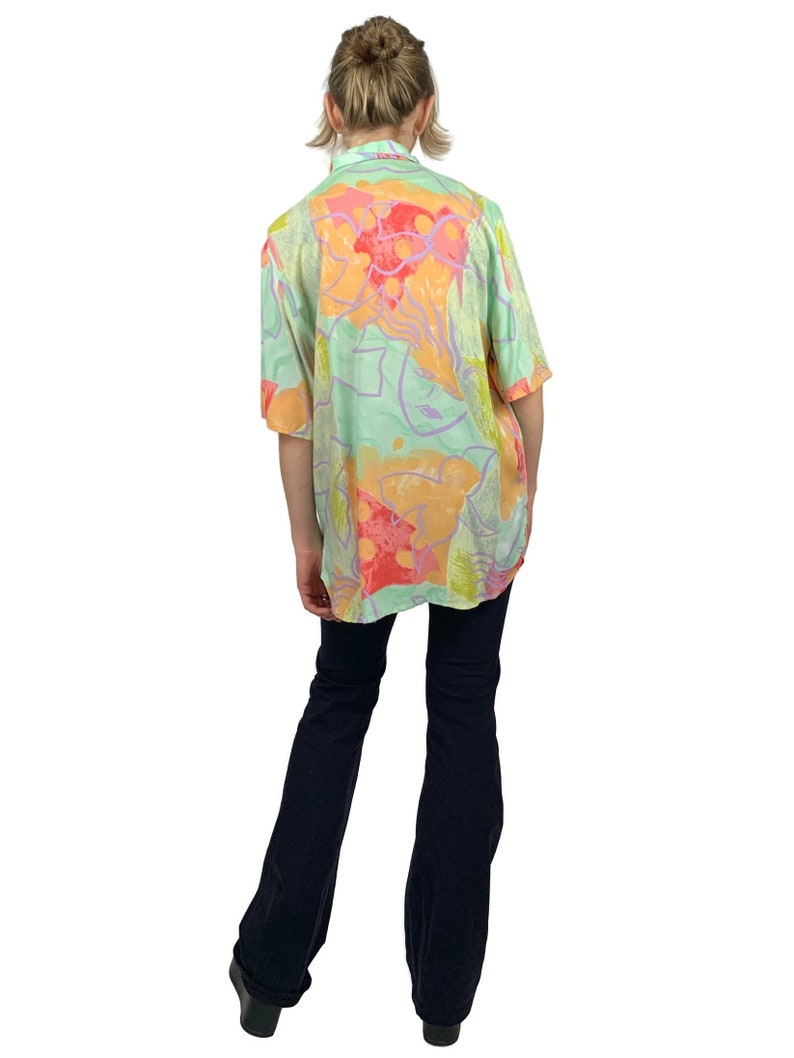 Vintage 80s Abstract Pastel Patterned Collared Half Sleeve Festival Style Button Up Shirt