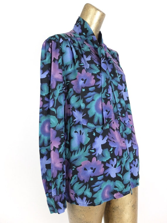 70s Romantic Mod Floral Long Sleeve Button Up Pus… - image 6