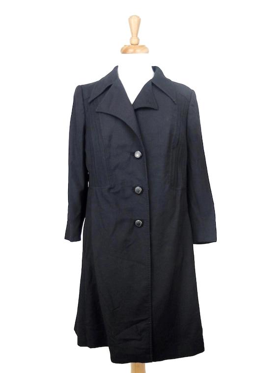 Vintage 1960's Women's Mod Black Long Peacoat Tren