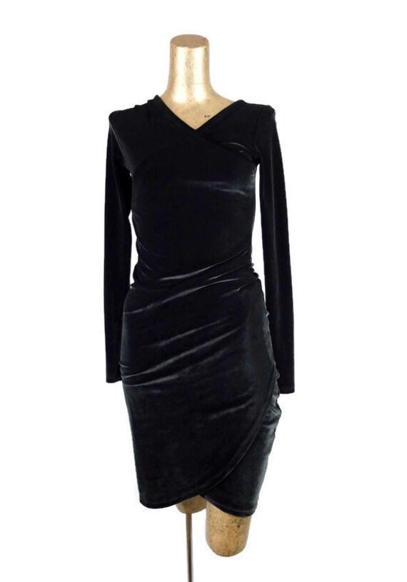 Vintage 1980's Black Velvet Long Sleeve V-Neck Bod