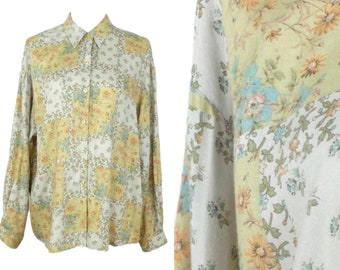 Vintage 70s Hippie Cottagecore Prairie Milkmaid Yellow & Cream Floral Print Collared Long Sleeve Soft Button Up Shirt | Size L-XL