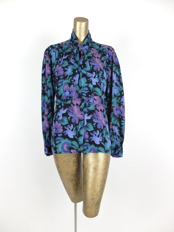 70s Romantic Mod Floral Long Sleeve Button Up Pus… - image 4