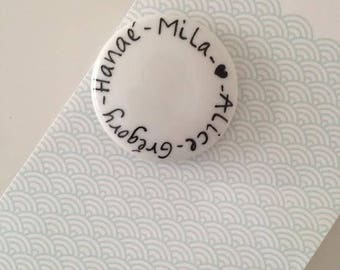 Magnets with names of family members, and small heart, 100% personalized, for Valentine's gift!