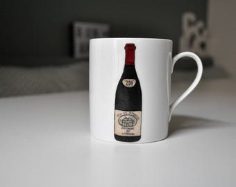 Memories of France: mug with a bottle of wine, bordeaux Burgundy