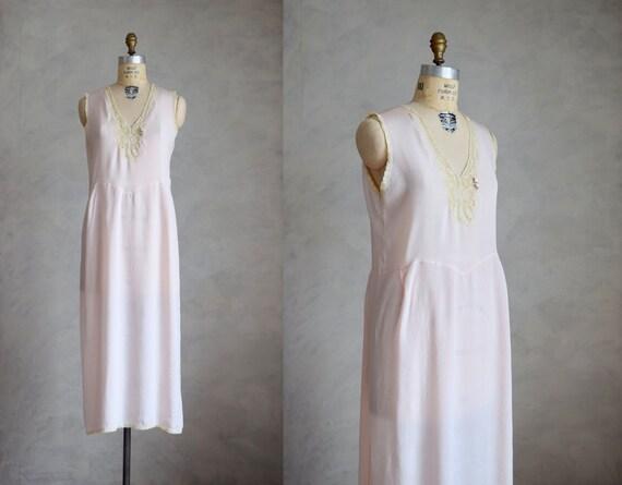 vintage 1930s pale pink silk nightgown | vintage s