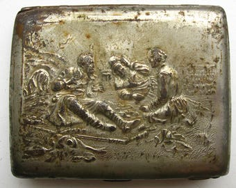 A cigarette-case of the USSR