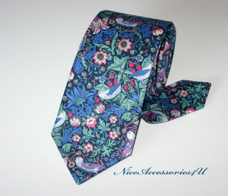 2b16616ed0dc Men's blue floral necktie Liberty print Strawberry Thief | Etsy