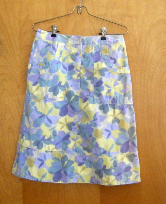 J Jill Cotton Floral Skirt, Size 6!  We also have