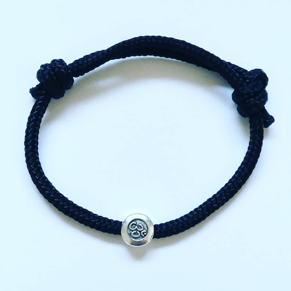 Om Bracelet. Yoga Buddha Great Gift, small Design Charm on Paracord, simple hardwaring Repurposed Happy Accessory