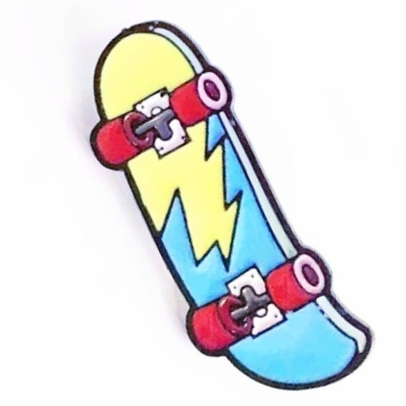 Skateboard Design Pin Badge Wonderful Gift for Any Skater or skaterboy skate Enthusiast Awesome Birthday Present Cool people Skate