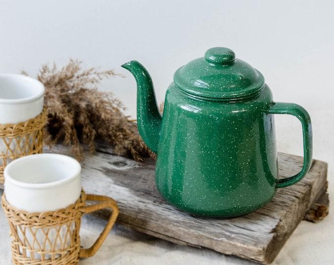 Vintage green enamel kettle/teapot