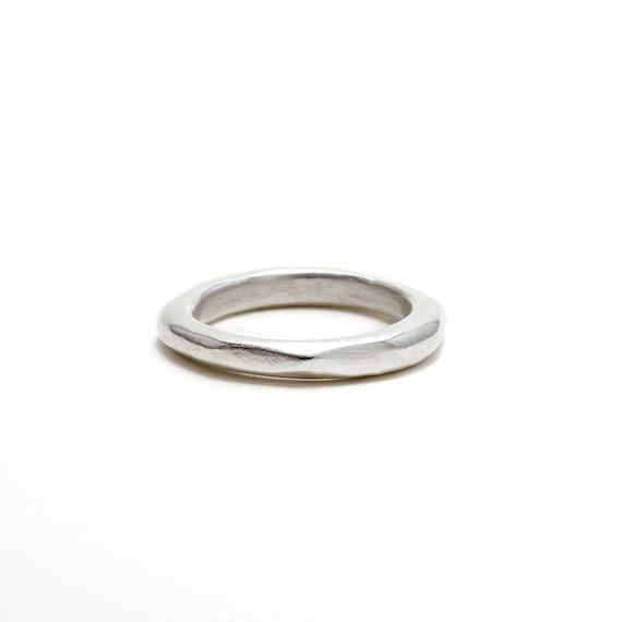Rechts links verlobungsring türkei oder Verlobungsring: Welche