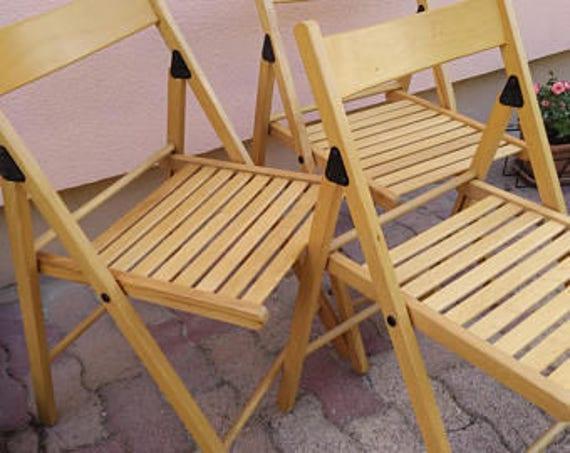 Lot de 3 chaises de jardin vintage en bois blond verni, salon de jardin,  chaises d\'extérieur