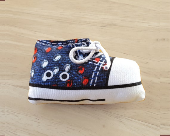 Bling Bling Sneaker Catnip Cat Toy, Handmade shoe toy for every shoe lovers, human included! Christmas Stocking
