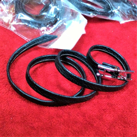 CLEARANCE 12 pcs Thin Black Leather Buckle Belt Bracelet Wrist Wrap Cuff, Faux Leather Goth Bracelet Wrist Cuff with Buckle