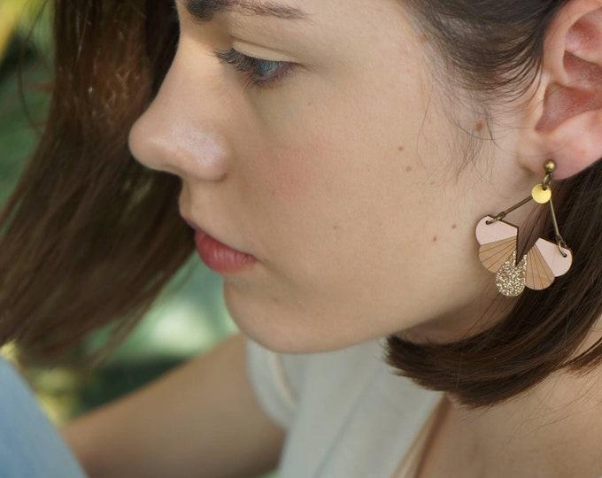 JIA earrings in pear wood-pink nude