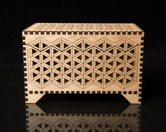 Illusion Keepsake box