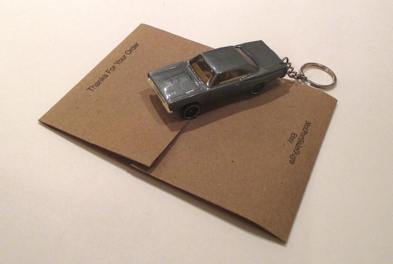 Spts car gift,Boyfriend   keychain,Car keychain Spts Car keychain 2019 Merceds-benz A-Class sunruf Keychain BAE gift