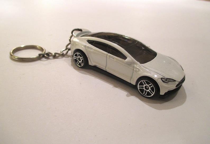Tesla Model S Keychain Electric Car Cute Car Keychain Etsy