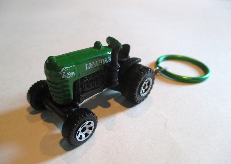Farm Tractor keychain David Brown Cropmaster Lopez Ranch key  b1a5e9018