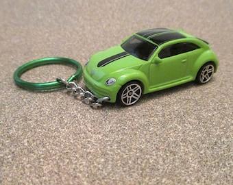 VW Beetle keychain, 汽車 Volkswagen Beetle keychain, Hippie car keychain, Ladies bug, Mens or Womens keychain, Mens or Womens gift