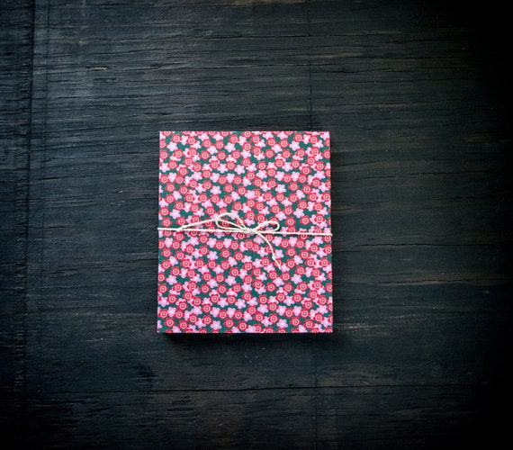 Handcrafted Accordion Notebook  ||  Authentic Origami Paper Covers