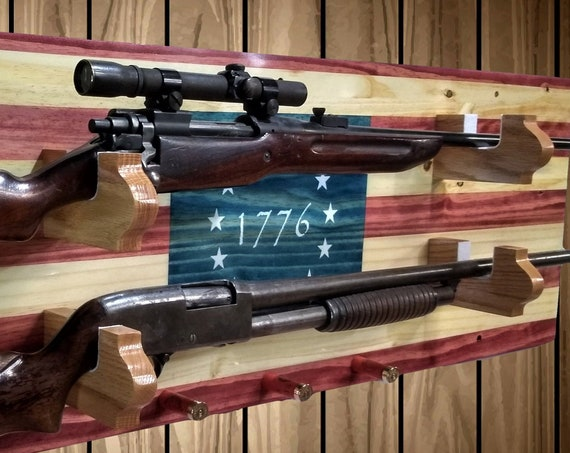 1776 Flag Gun Rack, Wall Mount, Rustic Knotty Pine, 2 Guns, Rifle Shotgun Shell Pegs, Americana Cabin Man Cave Decor Gift, FREE SHIPPING
