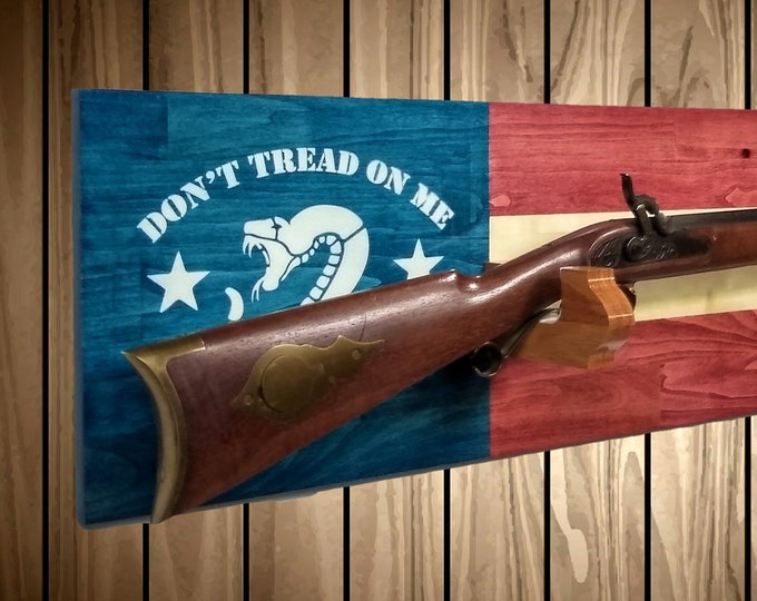 Don't Tread On Me Gun Rack, Wall Mount, Rifle Shotgun, Handmade Americana, Cabin, Hunting Decor, Gift, FREE SHIPPING