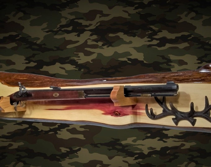 Rustic Cedar Gun Rack Display Rifle Shotgun Cabin Hunting Lodge Decor, Gift, FREE SHIPPING