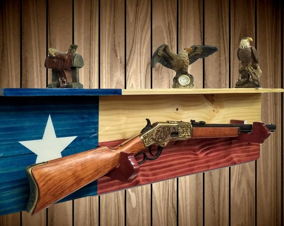 Lone Star Gun Rack with Shelf, Knotty Pine Wall Mount, Western Rifle, Americana, Cabin Man Cave, Texas  Flag Decor, Gift, FREE SHIPPING