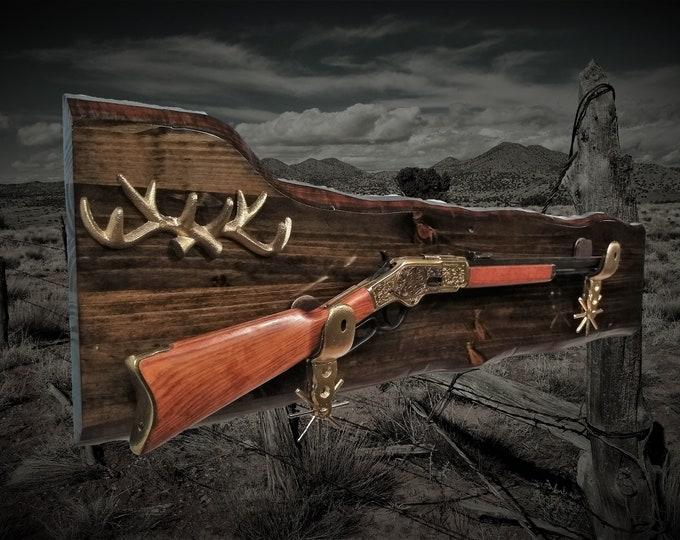 Rustic Rifle Gun Rack Wall Display Gold Iron Spur Hangers Deer Antler Key Rack Western Rifle Hunting Cabin Gift
