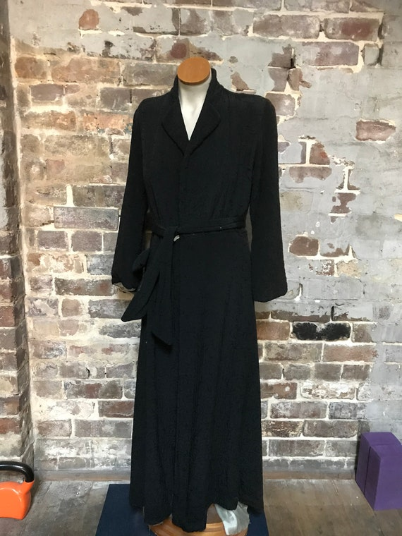 1940s black quilted dressing gown womans/mens