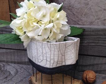 Vase original raku and wood on stilts