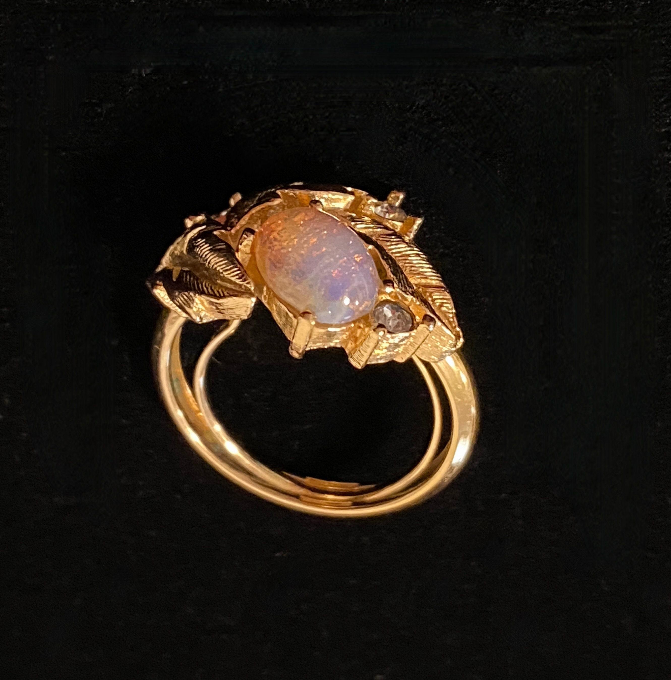 oval cream plastic and rhinestones ring Emmanuelle cocktail ring adjustable repurposed vintage
