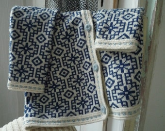 Knitted jacket with jaquard pattern, handmade