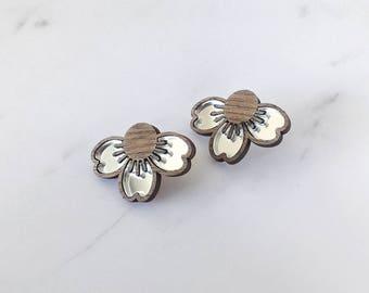 "Earrings ""Petals"" wood and silver mirror perspex"