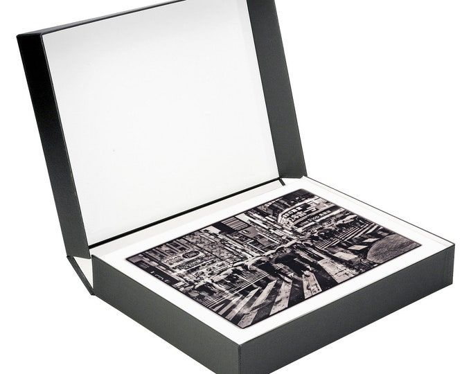 Japan Limited Edition Collectors Box - 18 signed archival prints