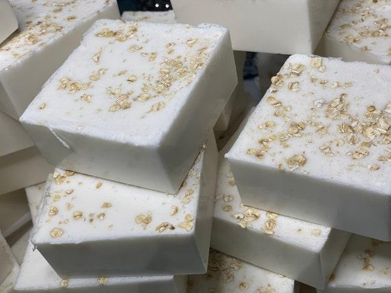Goat Milk ,Colloidal Oatmeal &Honey soap