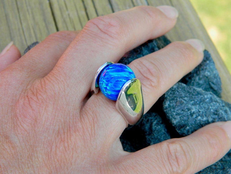 with 14mm syn .925 sterling silver 14mm Interchangeable ring blue opal