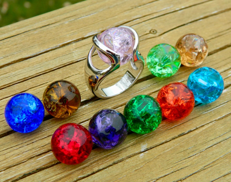 Interchangeable ring with 10-14mm cracked glass stones